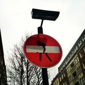 Day 343:  Someone has creatively adapted a no-entry sign on Harley Street.  Sometimes it's the little things that make you smile the most.
